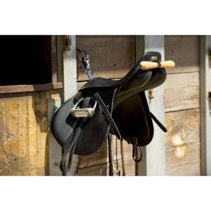 Porte selle quitation en t gain de place avec mousqueton - Porte gain de place ...